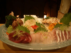 Assorted Fish & Shell Sashimi (photo: for 4 persons) 10,000yen