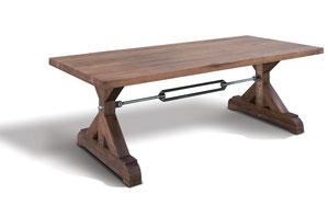 Massiver Esstisch modern aus Altholz mit Stempelfüßen und Stahlstreben