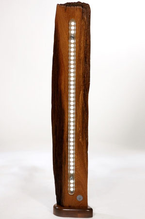 Stehlampe aus Holz, Antikdesign, Vintage look, retro Holz