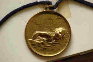 Die besagte Goldmedaille vom 50 m Rückenschwimmen 1967
