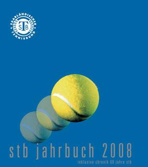 Auf 100 Seiten finden Tennisfans zum Nachlesen die wichtigsten Ergebnisse und Tabellen, sowie alle wichtigen Informationen und Bilder rund um das saarländische Tennisjahr 2008. Ein Sonderteil geht auf das Verbandsjubiläum ein: 60 Jahre STB