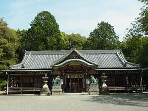 日根神社 拝殿