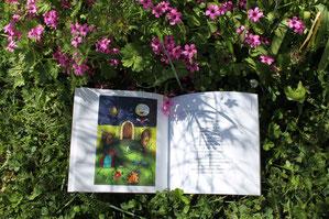 """Cloé Perrotin participe au livre de récitations """"J'ai récité et dessiné avec Mamy"""" de l'auteur Fany Vereecken"""