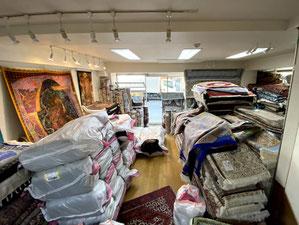 IRANより140枚が無事に届きました。店内いっぱいです。