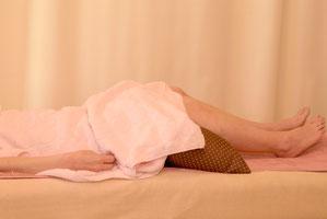 仰向け寝での治療のイメージです