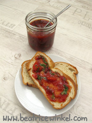 Beatrice Winkel - scharfe Tomaten-Vanille-Marmelade mit Basilikum