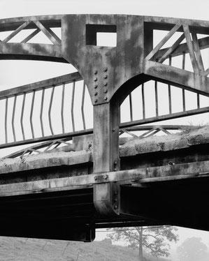 Cottonville-Bridge: Verschraubtes und verschweißtes Knotenblech, Blick nach Südwesten