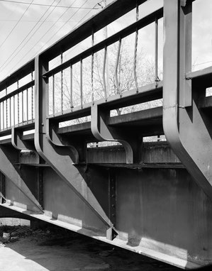 Cantilever and 'S' brackets and the south handrail, Panel 1, near the southeast abutment, looking northwest