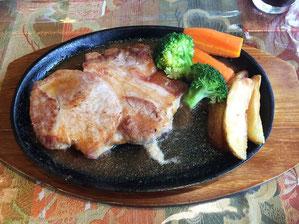 ポークソテー とてもおいしいお肉でした。