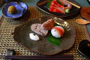 茗荷の手まり寿司手作りチーズとキャビア