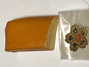 奥多摩産の桜チップのスモークチーズ
