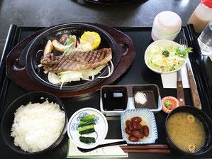 木曽牛ステーキ定食