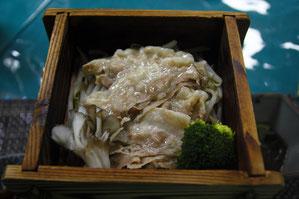 鹿児島産黒豚のセイロ蒸し お肉が甘い!