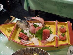 2食付き1人¥6800だから頑張ってるかな?