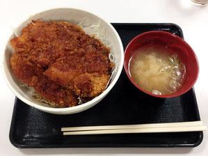 駒ケ岳SA(下り)フードコートのソースかつ丼