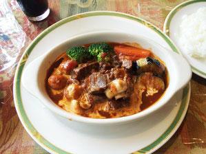 ビーフシチュー お肉がトロトロでした。