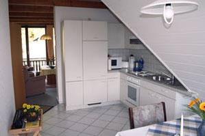 Die helle freundliche Küche in Knauers Ferienwohnung Nr. 3