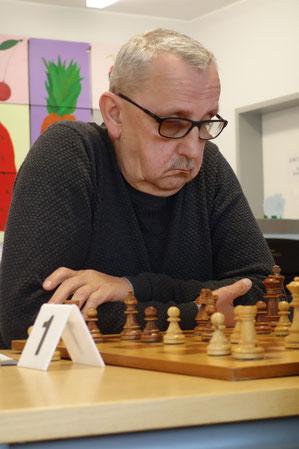 Joachim Langer behauptete sich gegen einen starken Gegner (Foto: A. Obdenbusch)