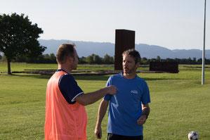 Trainer Peter Marte (rechts) und Co Ivica Sivinski luden zum ersten Training. © Florian Hepberger