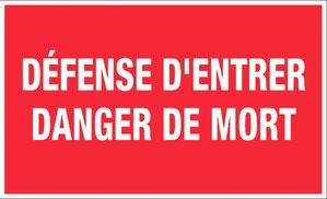 Les carrières de Cénac sont des propriétés privées, dont l'accès est interdit, avec risque de chute mortelle ou d'effondrement.