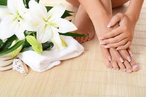 professionelle Fußpflege mit Hand und Fuß