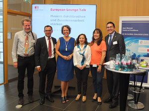 Keynote speaker, panelists and moderators of the 3rd European Lounge Talk (Foto: A. Hofmeister)