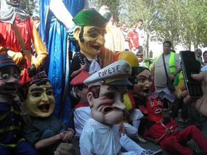 Antiguos cabezudos de la Jota en las fiestas de Zalfonada año 2008