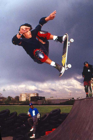 Omar Hassan, 1991. Skateboardbusiness.de