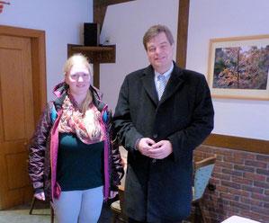 Praktikantin Maike Mayer auf Gesprächstour durch den Wahlkreis mit MdB Enak Ferlemann