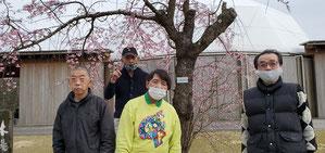 R3.3.27 木場潟散策・花見にて (撮影時のみマスク外しています)