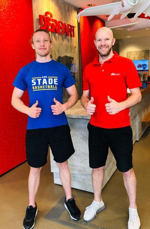 Leon Rosenstein (l.) und Teammanager Sönke Bergmann freuen sich auf ein weiteres Jahr Zusammenarbeit.