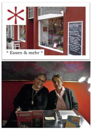 Lesung im Caffe blutrot am 13.11.2015, Sabine Giesen und Brigitte Lamberts (v.l.n.r.)