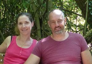 portrait Helene et Alexis Marechal, propriétaires des Gites des Camparros à Nailloux