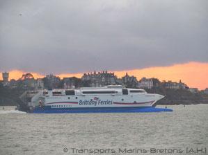 Le HSC Normandie Express le 02 novembre 2014 à Saint-Malo.