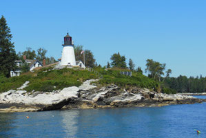 Burnt Island Lighthouse is one of the Sights on our Tour