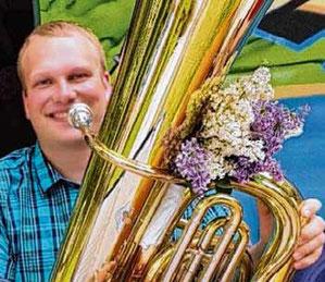 Tim Homann liebt die Blasmusik.