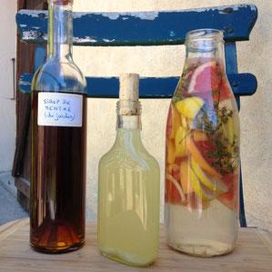 DIY, recettes, sirop de menthe, cooler, eau infusée, gingembre, citronnelle, citron vert, pamplemousse, citron, thym, boissons, été