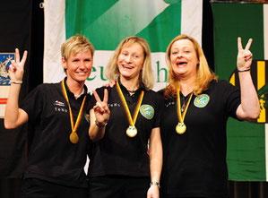 Diana Stateczny Deutsche Meisterin mit ihrem Team Damen der Barmer Billardfreunde(ganz links im Bild)