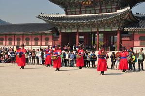 Gyeonbukgung Palace - wissel van de wacht