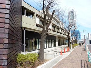 神奈川県立青少年センター 徒歩1分