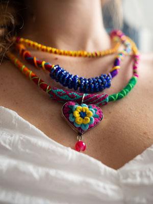 Frida Halskette, Mexikanischer Schmuck, Halskette mit pom pom, Tassel, Bommel, bunter Schmuck, Statement Kette, geflochtener Halskette