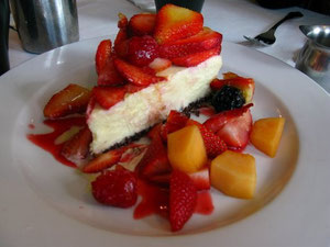 White Chocolate Cheesecake w/ fresh fruit