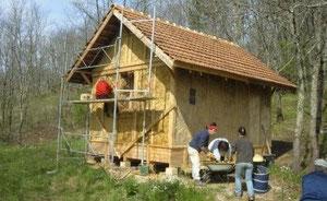 Maison en paille construite à Degagnac par ECOLOGER de Gourdon et l'association CERCLECO pour le compte du JARDIN BOURIAN