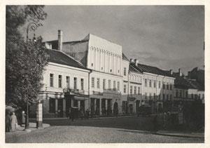 Vilnius. Pilies g-vė. Nuotr.  J. Bulhako. Originali fotografija 1939m. / Vilnius in J. Bulhak photography.
