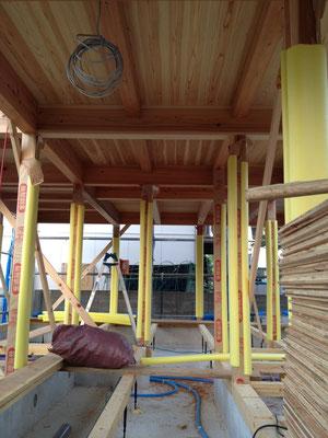 Jパネルの天井(2階床も兼ねます)