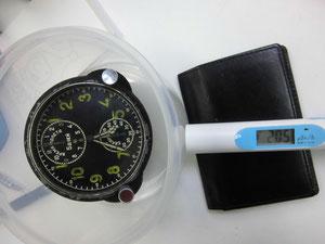 ウクライナ製軍用時計からの放射線