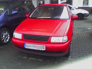 Das erste Foto von meinem ersten Auto. :-) (Motorola Razr)