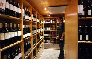Vinothek in Sion (Walliser Weine)