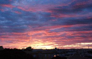 12. April 2013 - Die Sonne steht auf - auch am Mittelmeer