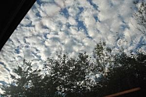 14. Oktober 2013 - Schäfchen am Himmel - zunehmend bewölkt